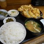 龍昌 - 料理写真:とり肉天ぷら定食♡