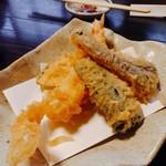 70897299 - 天ぷら 海老・野菜3種