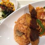 パークレストラン - トルコライス900円、サラダバー300円税込