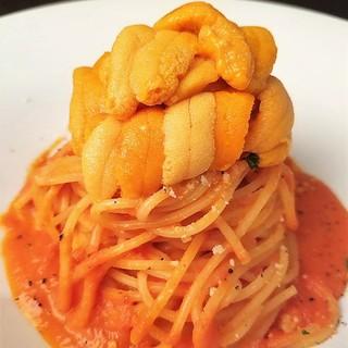 名物!生うにのトマトクリームスパゲティ♪