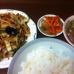 上海菜苑 清華 - 料理写真:肉野菜炒め定食