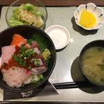 70912340 - 海鮮丼セット800円