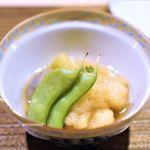 茂松 - 鱧の揚げ物と野菜の炊き合わせ