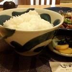 しののめ - ご飯(大盛り)