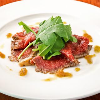 畜産直送熟成肉と、旬の新鮮野菜を堪能
