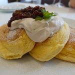 オリーブカフェ - 料理写真:あずきパンケーキ@900