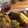ブーランジェリーパティスリー アンド アンティーク - 料理写真:Bパン食べ放題モーニング