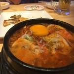明洞純豆腐 - 海鮮スンドゥブ