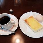 たいむ珈琲館 - 料理写真:モーニング(全体)