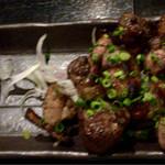 炉端dining ろい - 地鶏の炭火焼(S) 580円