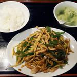 天縁飯店 - 青椒肉絲