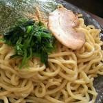 横浜家系ラーメン 魂心家 - つけ麺の麺