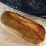 龍月堂 - ぶどうパン