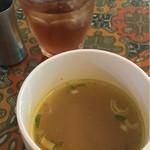 チャベ - ランチスープとドリンク