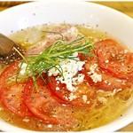 麺屋 Hulu-lu - 夏季限定イタリアン風フルルの冷やしSOBA 880円 名前の通りバジル香る冷やうまイタリア~ンな冷製麺です♪