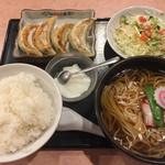 中国料理 百番 - 餃子定食