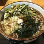70956844 - 山菜そば(¥420)