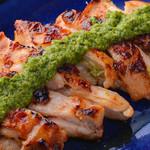 ニライカナイ - 『山原若鶏』のバジル香草焼き