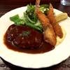 グリルばらの木 - 料理写真:ハンバーグと海老フライ