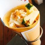 Creperie Café Vivi - たっぷり夏パインクレープ(夏限定)