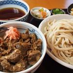 みやもとファーム - 牛すじ丼セット 半牛すじ丼と半うどんのセット