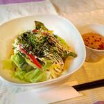 かんべえ - えびアボカドごまごま麺(ランチ)