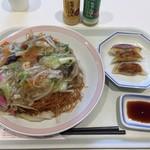 リンガーハット - 野菜たっぷり皿うどん + Bセット(餃子3個)