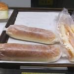 まるき製パン所 - みるみるうちに、あと二個になりましたね❗一押しみたいですね❗さっきまで五個有りましたから❗