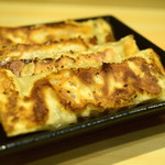 外堀PAIRON - 玉米(トウモロコシ)餃子@税込450円