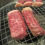 70984479 - 分厚いお肉