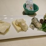 インコントロ - チーズ盛り合わせ