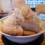 ラーメン どかいち - 料理写真:ラーメン(特大、全増し増し)