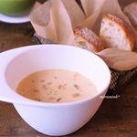 ボタニストカフェ - コーンジンジャースープ、ライ麦パン