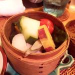 蒸亭 - 地野菜の蒸篭蒸し