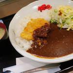 オリーブ・キッチン  - チキンカツカレー(サービスランチ)オリーブカフェとコラボ