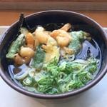 70995157 - 夏野菜と淡路玉ねぎのかき揚げうどん(税込680円)