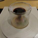 ヨシダ カッポウ - 【真鯛のお造り】モダン有田の面白い器が使われています♪
