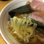70996725 - 麺箸上げ