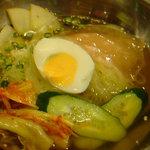 焼肉レストラン慶州 - 冷麺