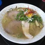 麺屋 裕 - 料理写真:蟹塩そば(名物)(750円)