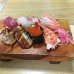 辰己寿司 - 料理写真:ランチ握り
