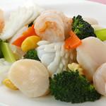 茘香尊 - 海鮮とブロッコリーの炒め