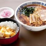 猪苗代湖畔のレストラン 中国料理 西湖 - 麻婆丼セット(ランチ)