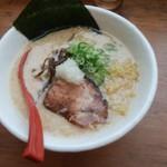 麺屋 海嵐 - 料理写真:プレミアム豚骨醤油777円
