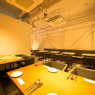 オシャレ空間で貸切宴会・パーティも◎店内最大50名様まで可。