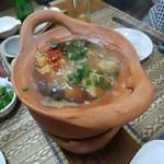 ゴールデン バガン - モン・ニィン・ソー   シャン風味豚肉と高菜の甘酢煮込み