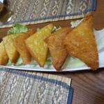 ゴールデン バガン - トフージョー  ひよこ豆で作ったシャン豆腐のカリッと揚げ