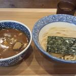豚骨一燈 - 濃厚魚介つけ麺(830円)+中盛り(50円)