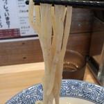 豚骨一燈 - 麺