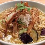 箸とレンゲ - ぶどう山椒の麻婆麺